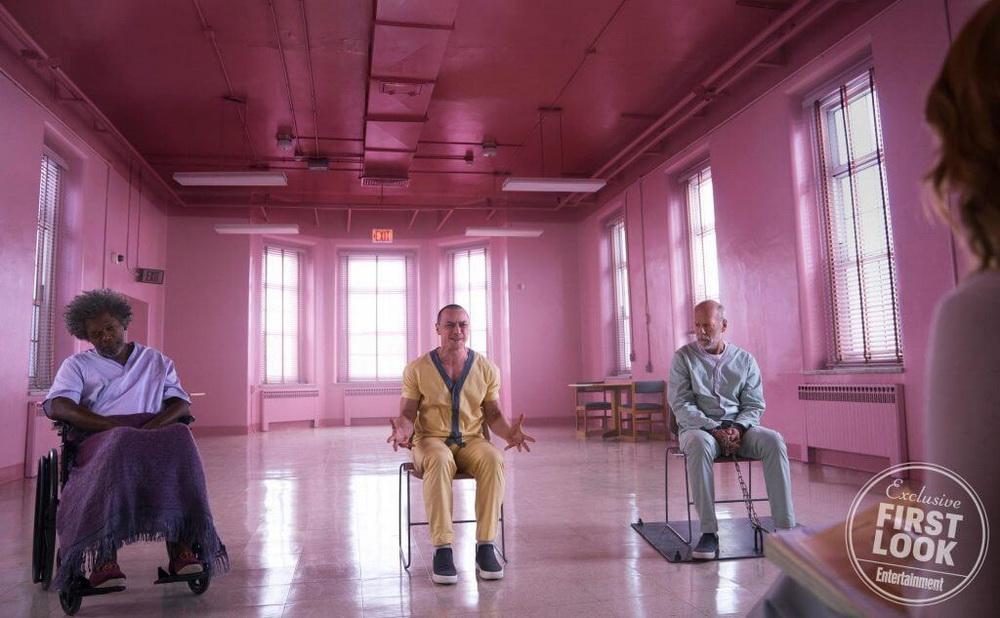 GLASS - Film Psikologi Thriller Yang Misterius Sekaligus Menegangkan