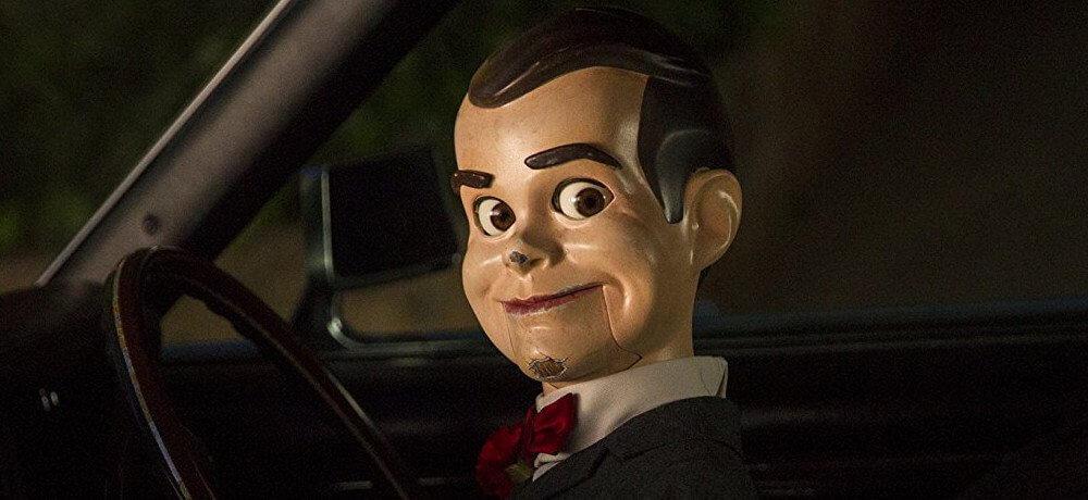 Kacau! Pesta Halloween Dirusak Boneka Misterius Dalam GOOSEBUMPS 2: HAUNTED HALLOWEEN