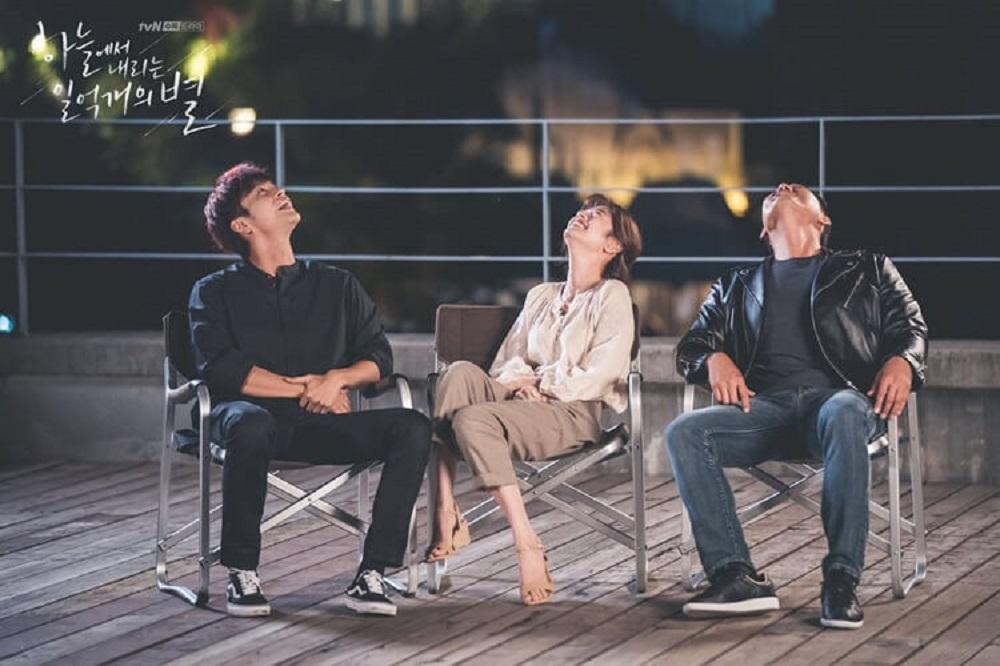 Lucu Dan Menarik Foto Behind The Scene Drama THE SMILE HAS LEFT YOUR EYES