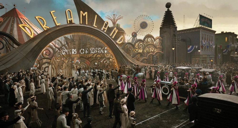 DUMBO - Film Live Action Terbaru Disney Luncurkan Teaser Dan Poster