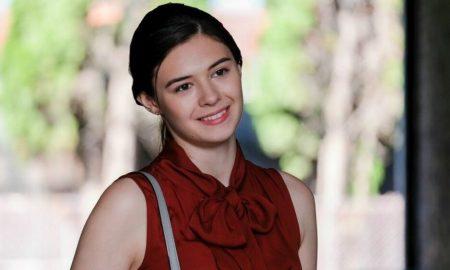 Intip First Look Nicole Maines Sebagai Dreamer Dalam SUPERGIRL