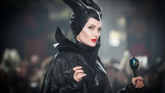 Angelina Jolie vs Michelle Pfeiffer Dalam Film 'Maleficent: Mistress of Evil'