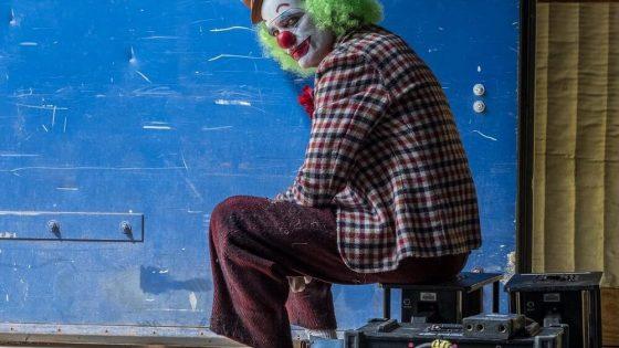 Harapkan Film Joker Kantongi Rating R, Todd Phillips Unggah Postingan