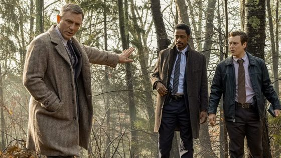 "Trailer Perdana ""Knives Out"", Film Seru Tentang Detektif Siap Disimak!"