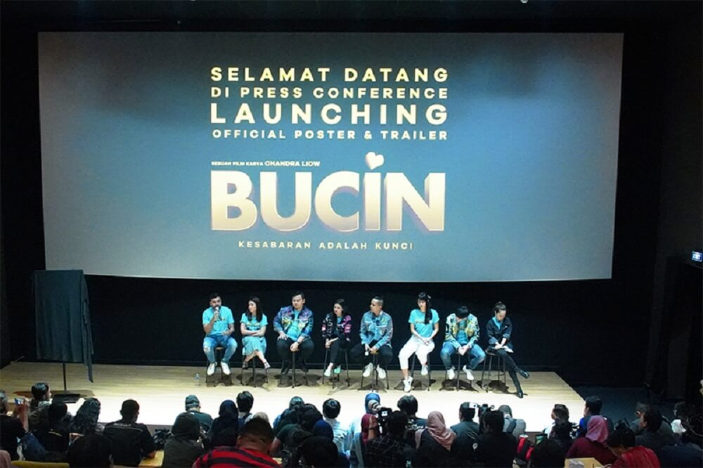 "Rapi Films Rilis Poster dan Teaser Trailer ""Bucin"""