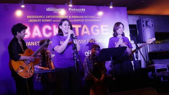 """Backstage"" Proyek Bareng Vanesha dan Sissy"