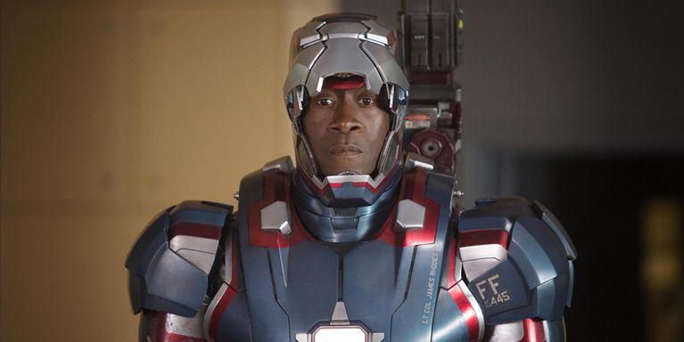 Don Cheadle sebagai James Rhodes alias War Machine
